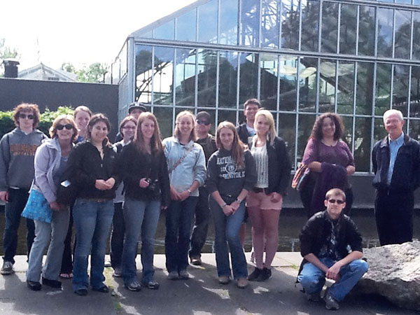 Horticulture students on a faculty-led summer program to the Netherlands and Germany